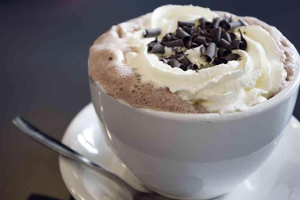 ¿Cuál es el origen del chocolate caliente? 4