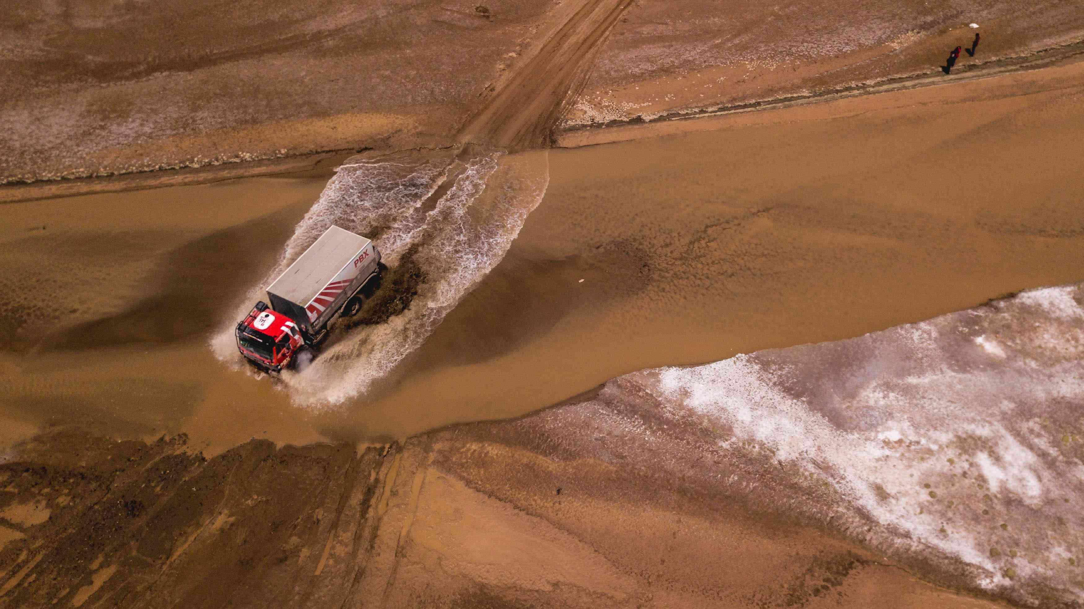 PBX Dakar Team, el único equipo español de camiones vivo en el Dakar 5