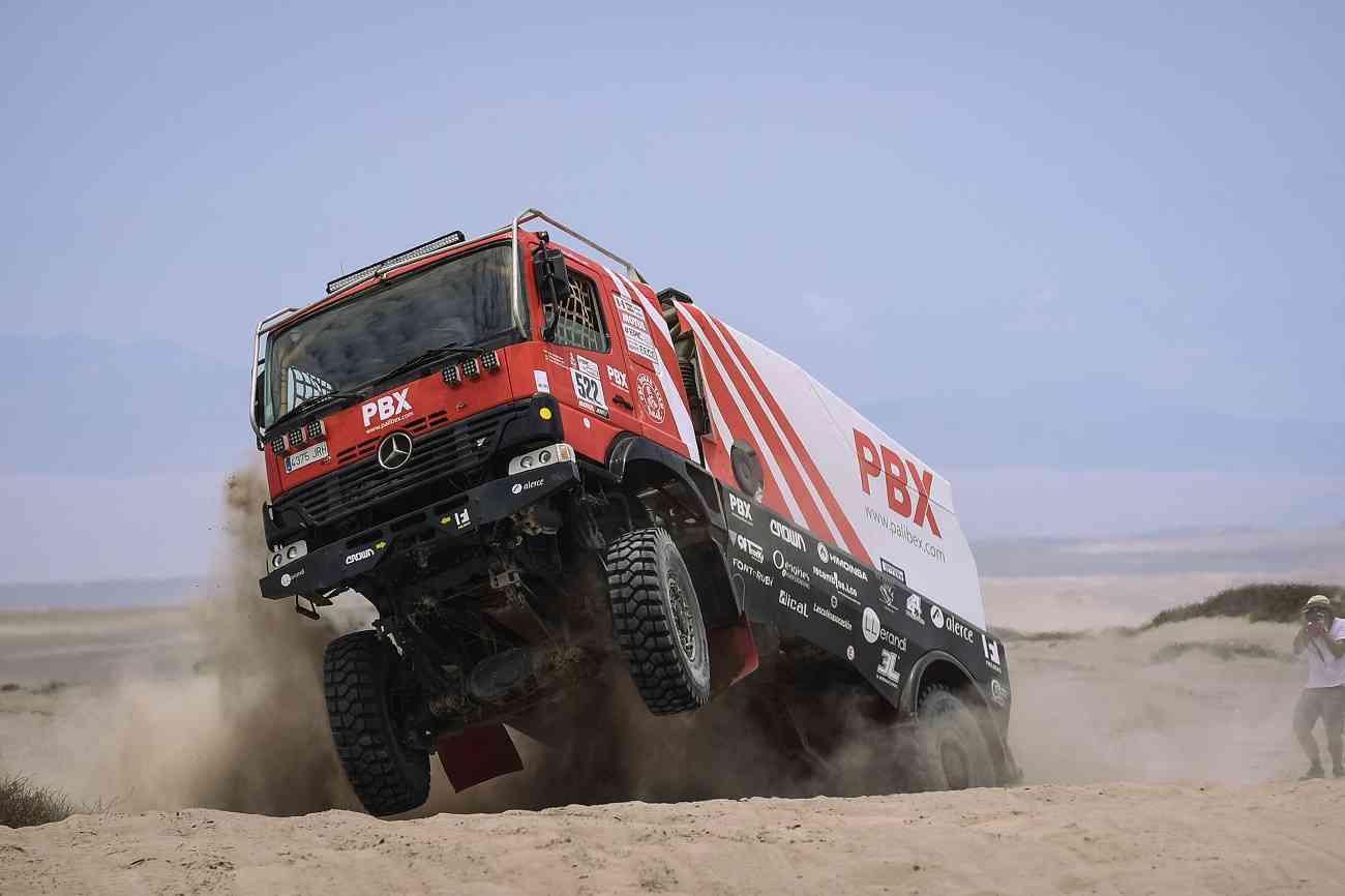 PBX Dakar Team, el único equipo español de camiones vivo en el Dakar 6