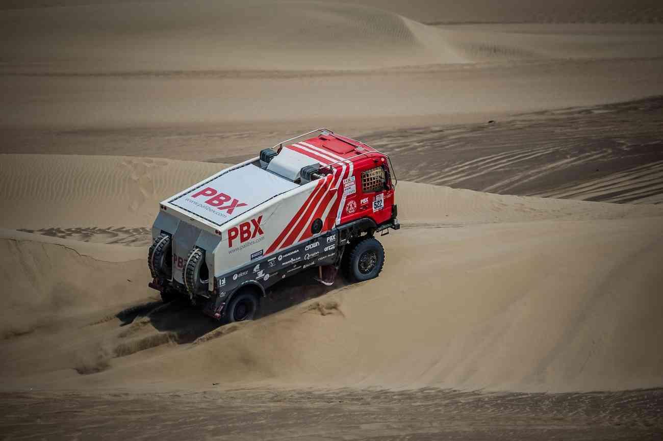 El equipo de camiones Palibex finaliza con éxito el Dakar