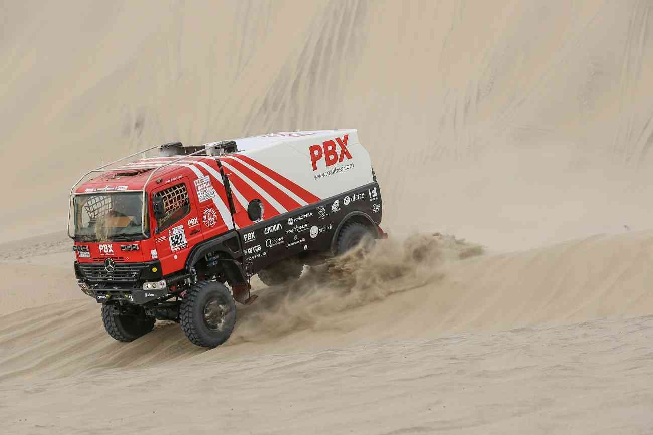 El equipo de camiones Palibex finaliza con éxito el Dakar 3