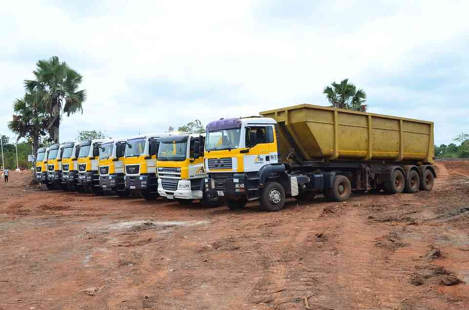 Beneficios a la hora de adquirir camiones usados online para tu negocio
