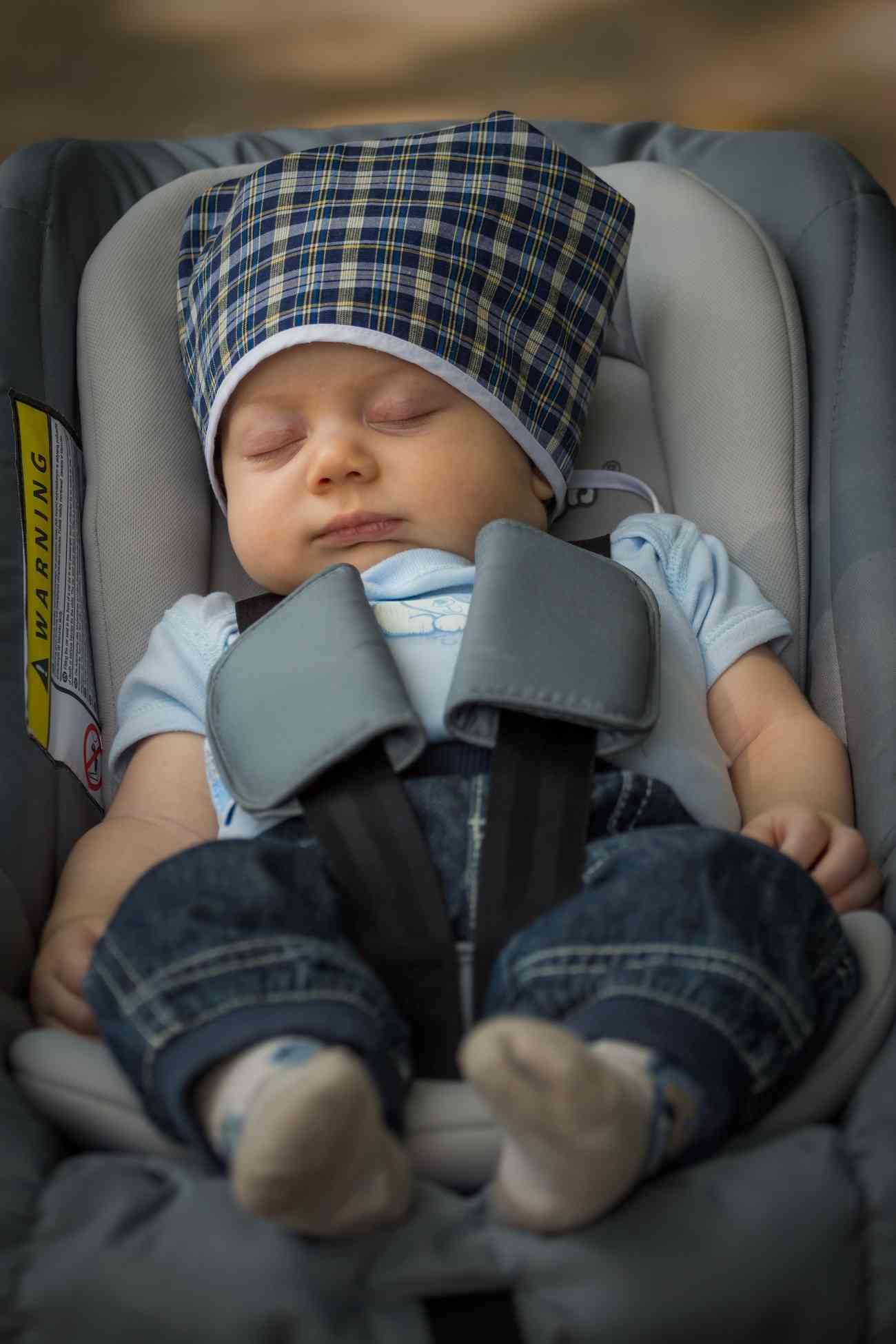 Más de la mitad de los padres, ponen en riesgo a sus hijos en el coche 4