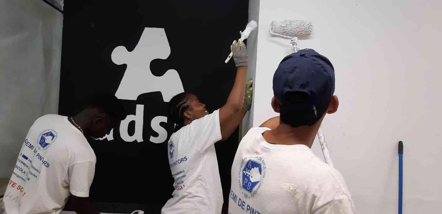 Procolor y Fundación Adsis colaboran con menores en riesgo de exclusión social 1