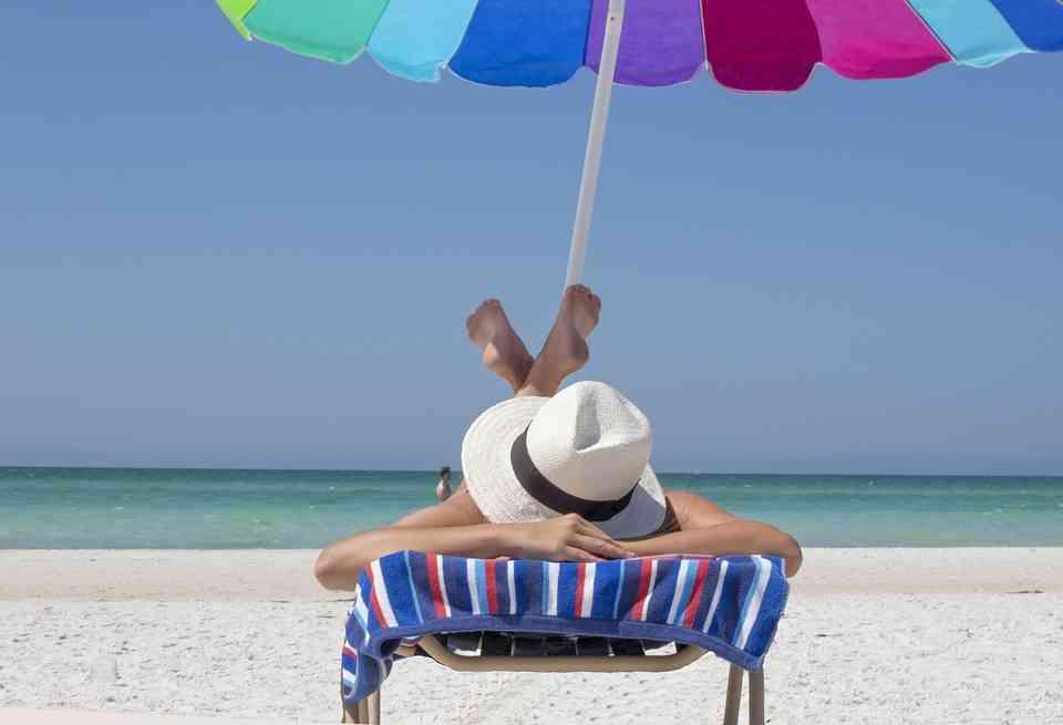 Los españoles tienen problemas para desconectar en vacaciones 1