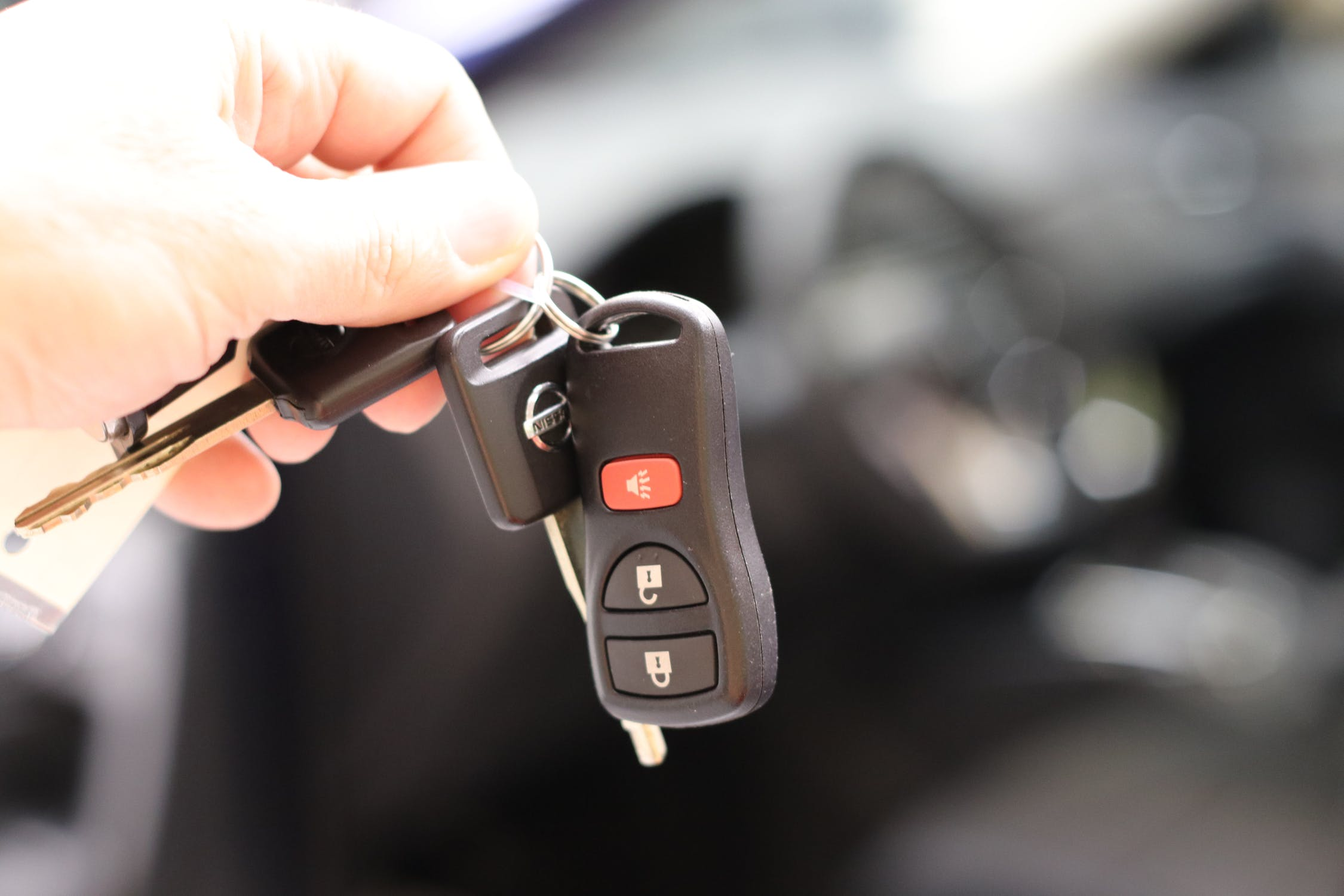 Seguridad y precio, los factores más importantes al comprar un coche 1