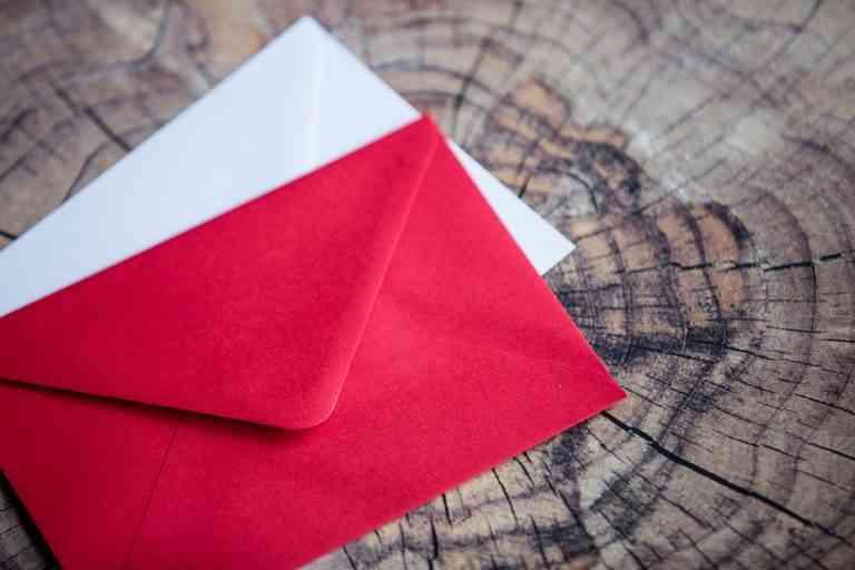 Sobres kraft y otros tipos que puedes utilizar para tus envíos