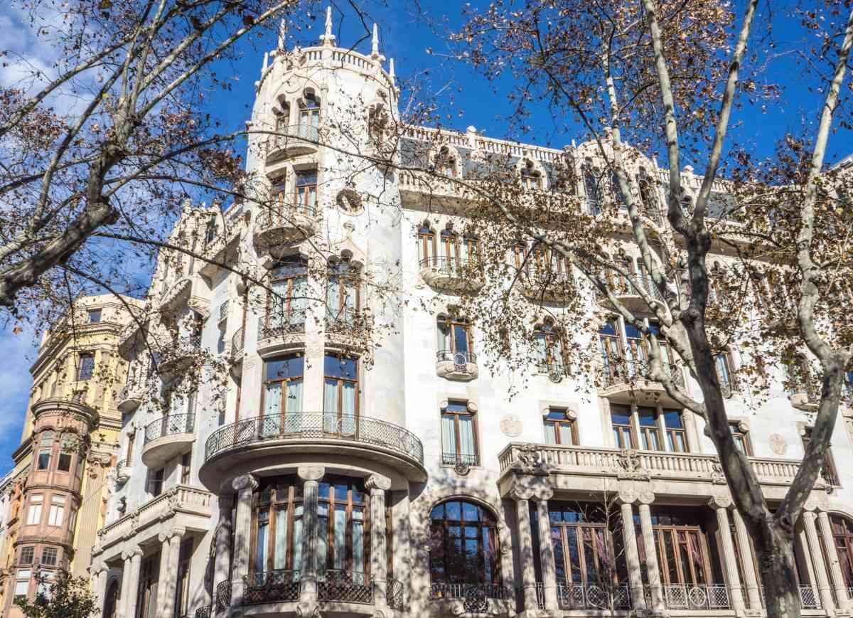 Razones por las que invertir en inmuebles en Barcelona 1