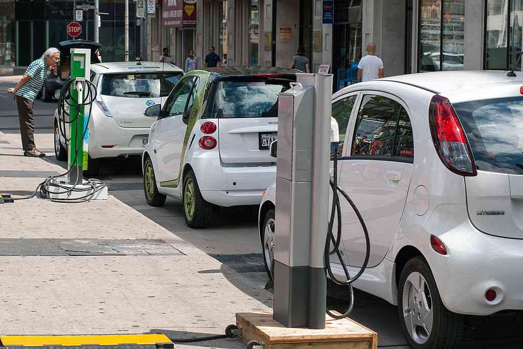 Las transferencias de vehículos ecológicos aumentan un 38,73% respecto al año pasado 1
