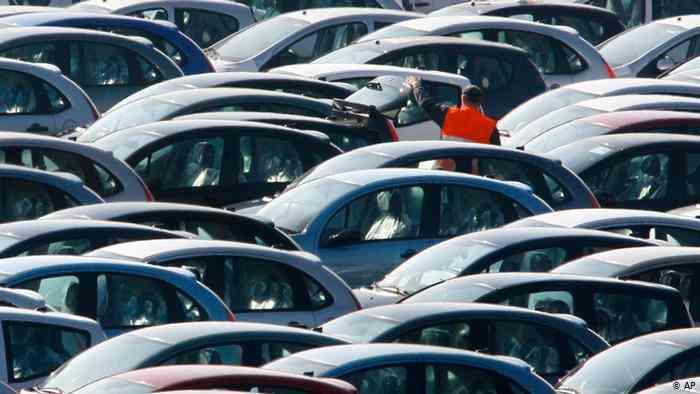 Cómo reaccionó el mercado a la caída del sector automovilístico 1