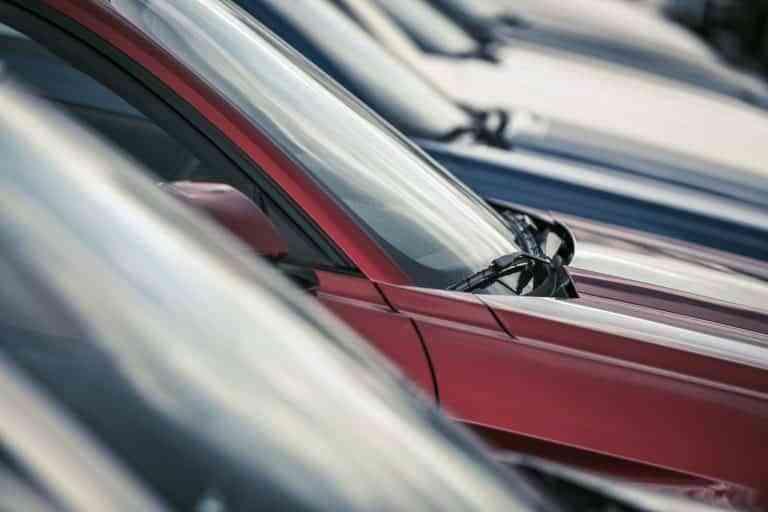 La mitad de los españoles que tiene un coche y se va a comprar otro proximamente, entregará el antiguo para abaratar la operación