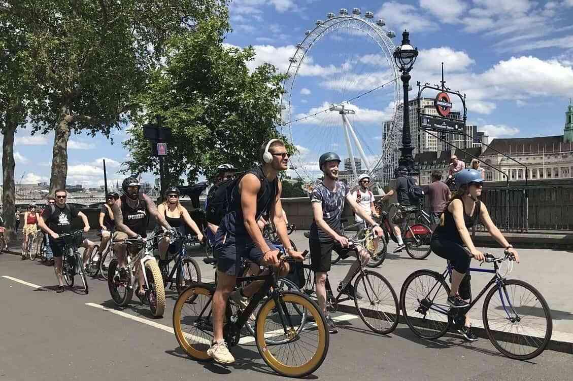 En España apuestan a bicicletas y patinetes para regresar al trabajo 1
