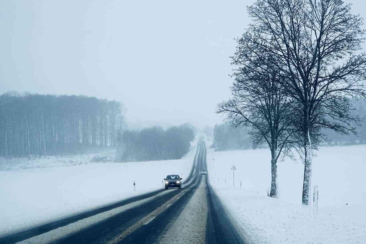 Qué hacer si el mal tiempo te coge por sorpresa al volante