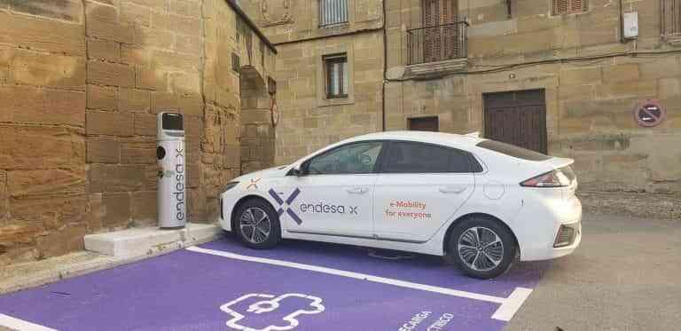 Endesa X instala cargadores de vehículos eléctricos en los pueblos más bonitos de España