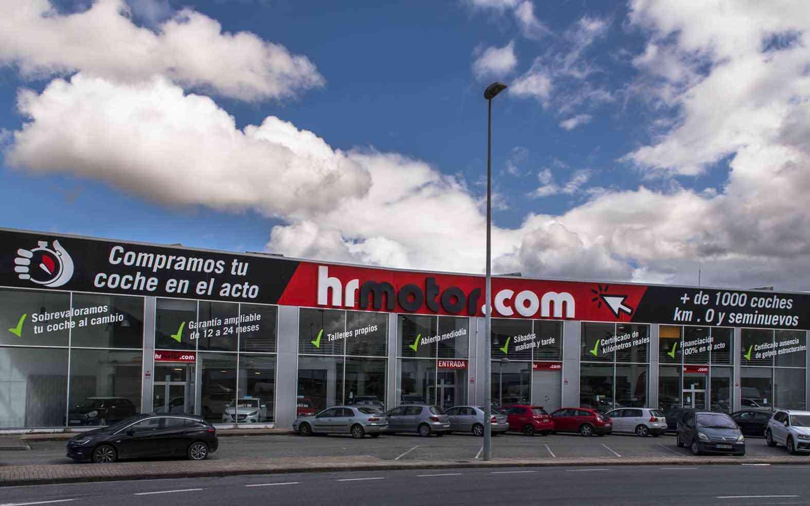 Elige el coche que más te gusta de HRMotor y financia el 100% de la compra 3