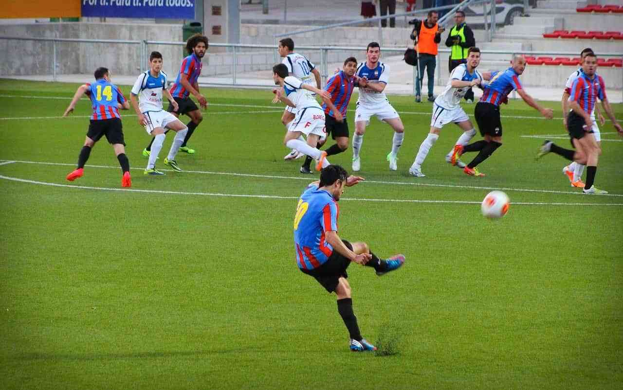A un 40% de los españoles cada vez les aburre más el fútbol 3