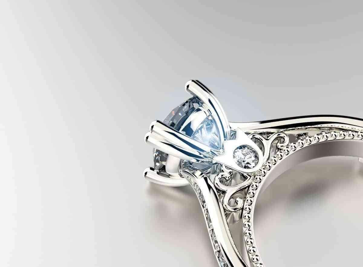 Consejos a la hora de comprar o vender joyas con diamantes