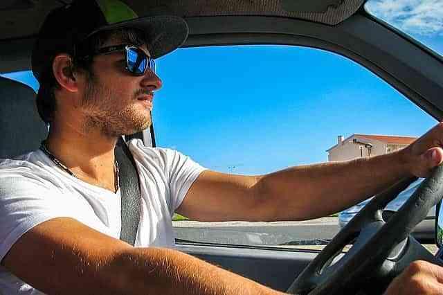 Viajar en coche en verano: calor y ausencia de revisiones, los enemigos de la conducción segura 1
