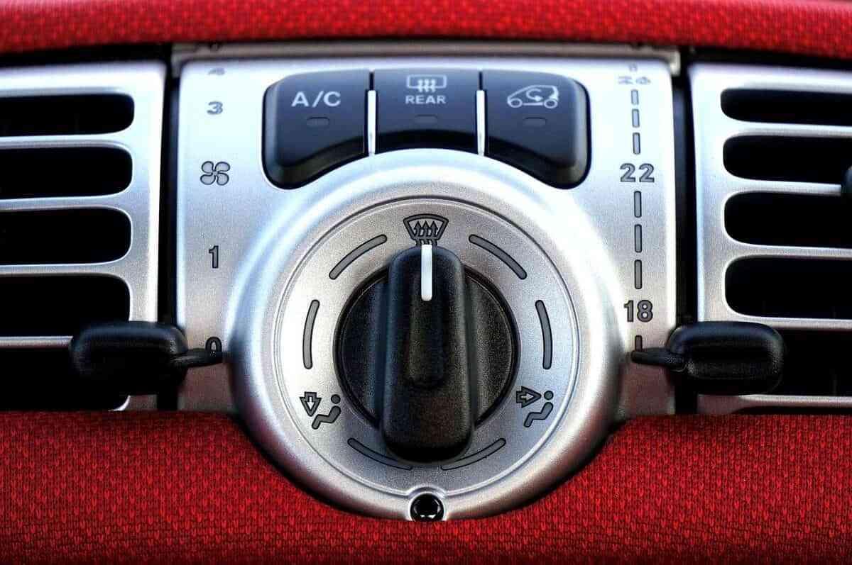 Cinco consejos para mantener el coche a resguardo del valor del verano 1