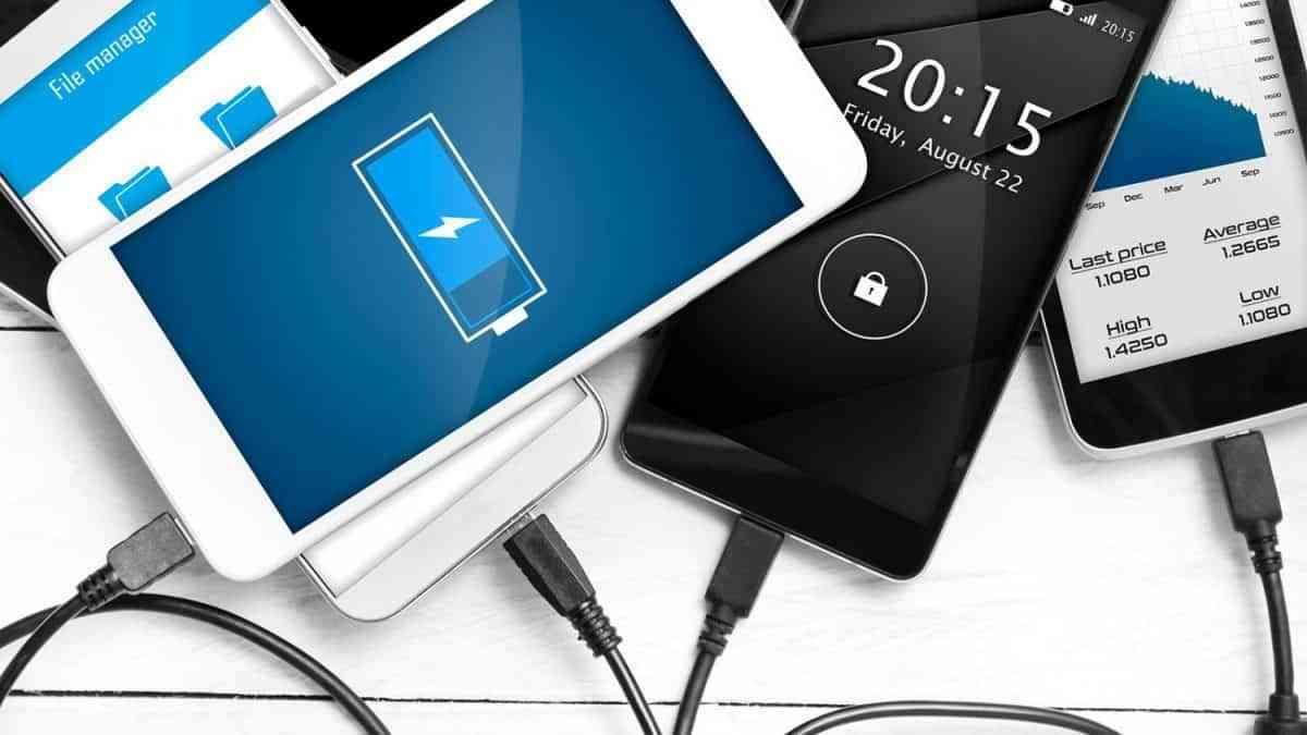 Ansiedad por la carga del móvil, para un 65% de los españoles el nivel de carga es muy importante 3