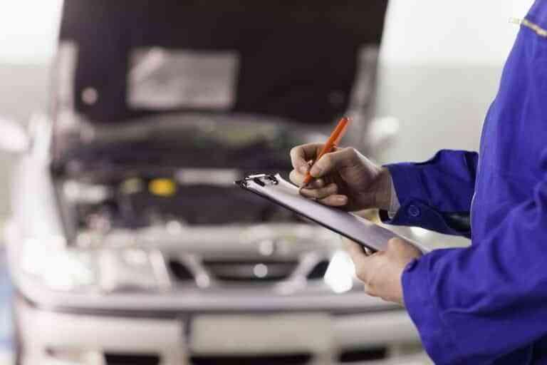 La importancia de la revisión del coche antes de viajar en verano