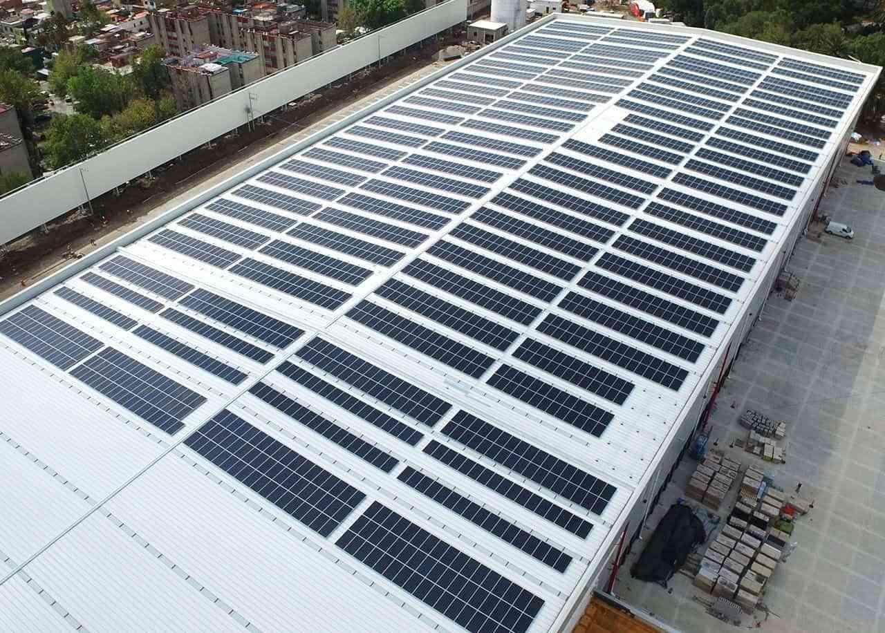 Energía solar, la mejor solución para reducir la factura de la luz de las empresas 3