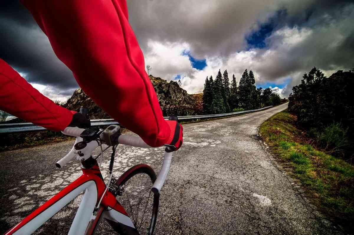 El 38% de los ciclistas no se sienten seguros cuando van en bicicleta 3